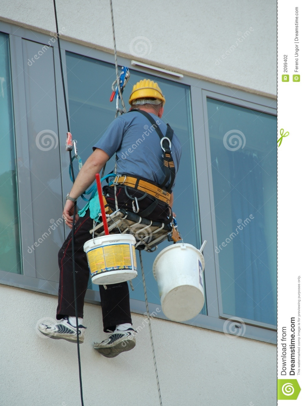 how to clean outside windows hdb