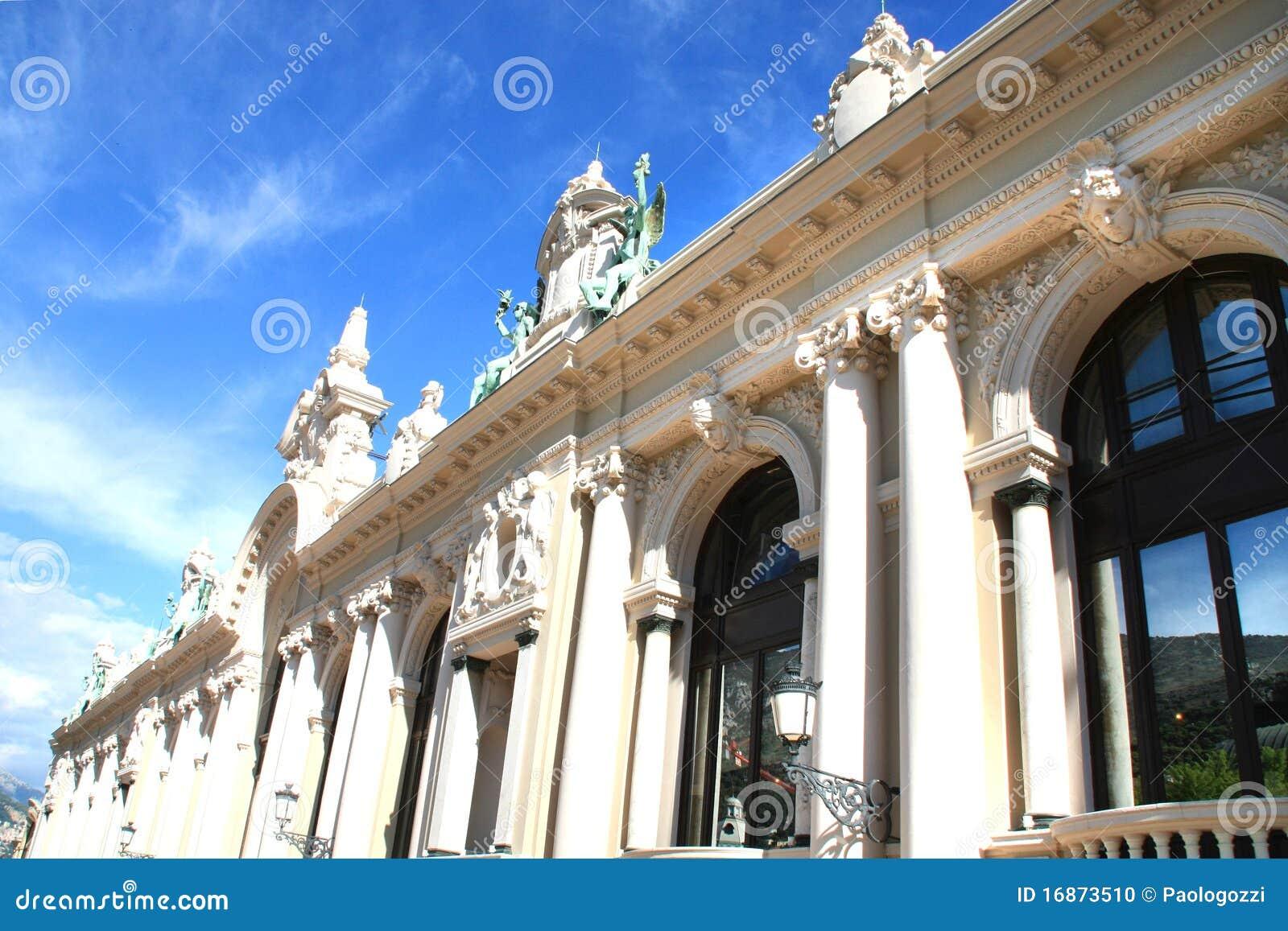 Windows do edifício do casino do Monaco