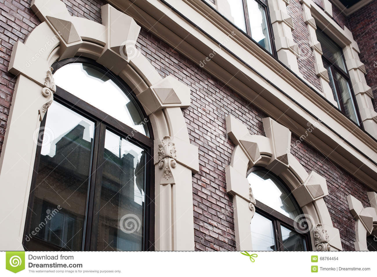 Windows In An Old Architectural Building Stock Photo Image - Building architectural windows