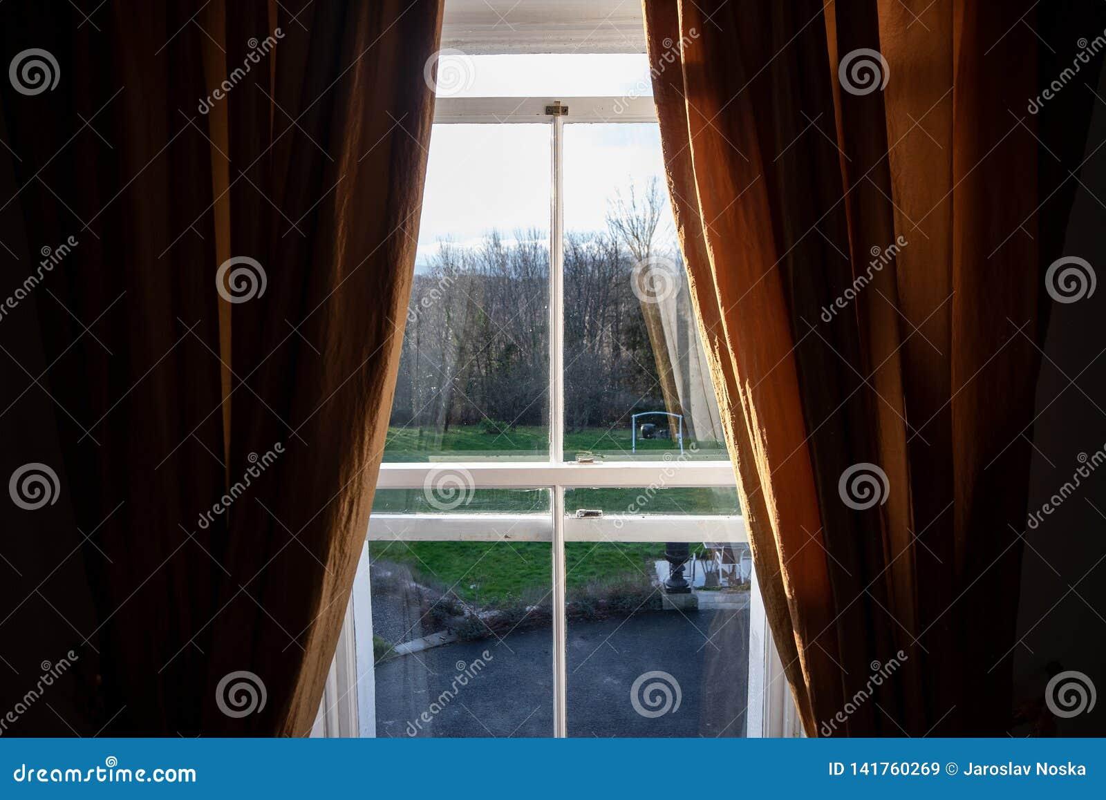 Windows zum Garten