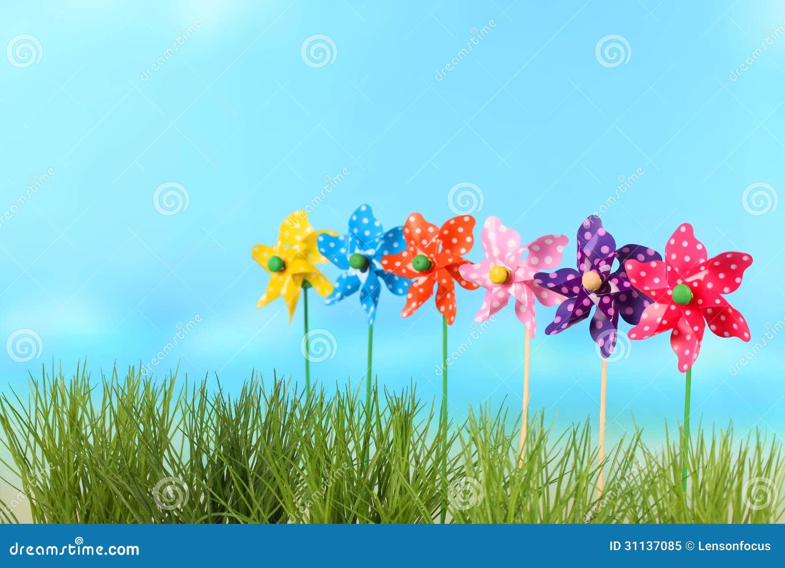 Berühmt Windräder für Kinder stockbild. Bild von blau, spiel - 31137085 DD25