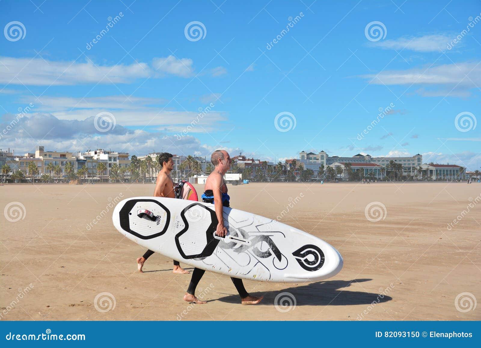 Windsurfers spiaggia di malvarrosa valencia spagna for Spiaggia malvarrosa valencia