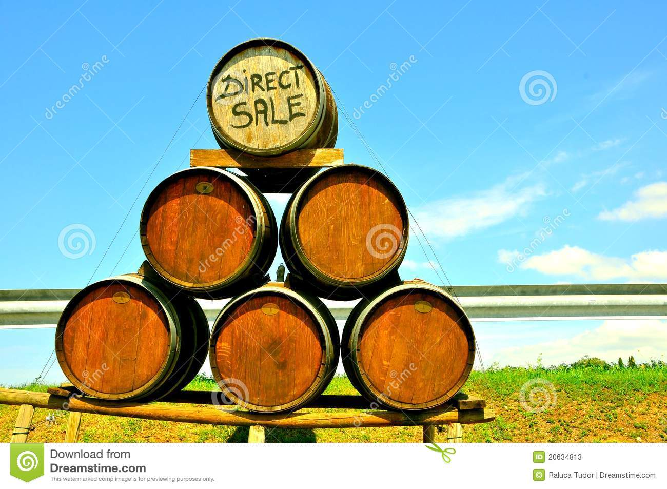 Wine direct sale in Italy