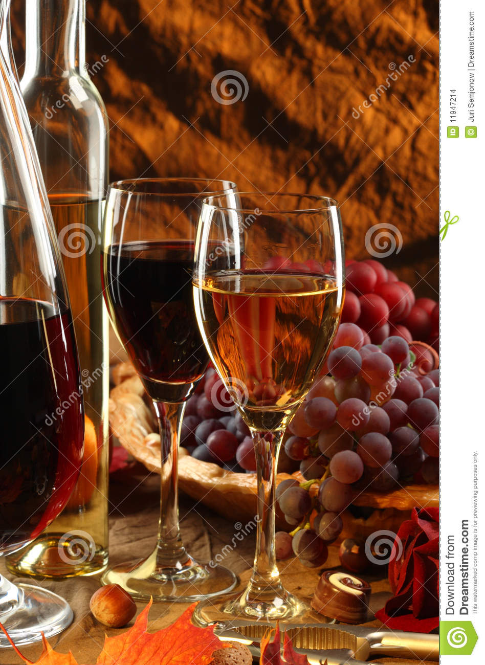 Wine and fruits.