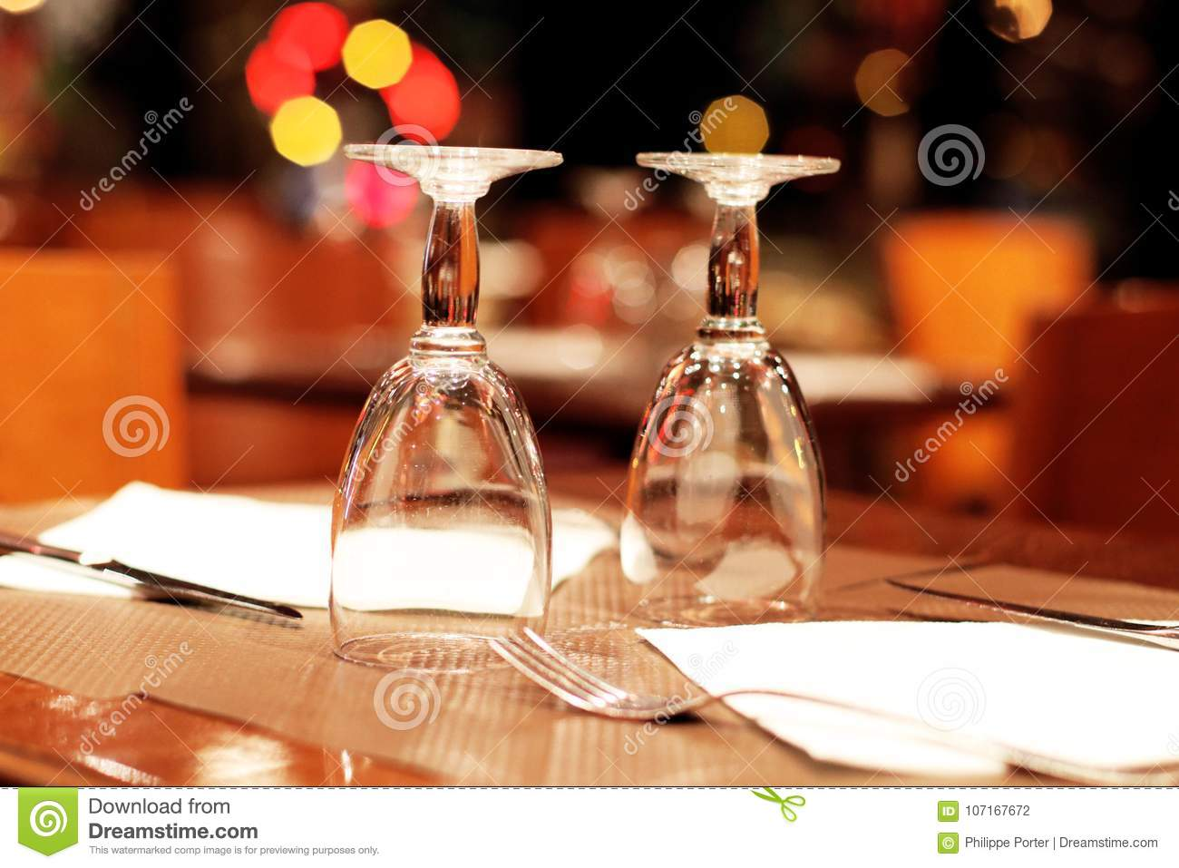 Wine Glasses And Table Setting In A Parisian Restaurant Stock Photo - Wine glass table setting