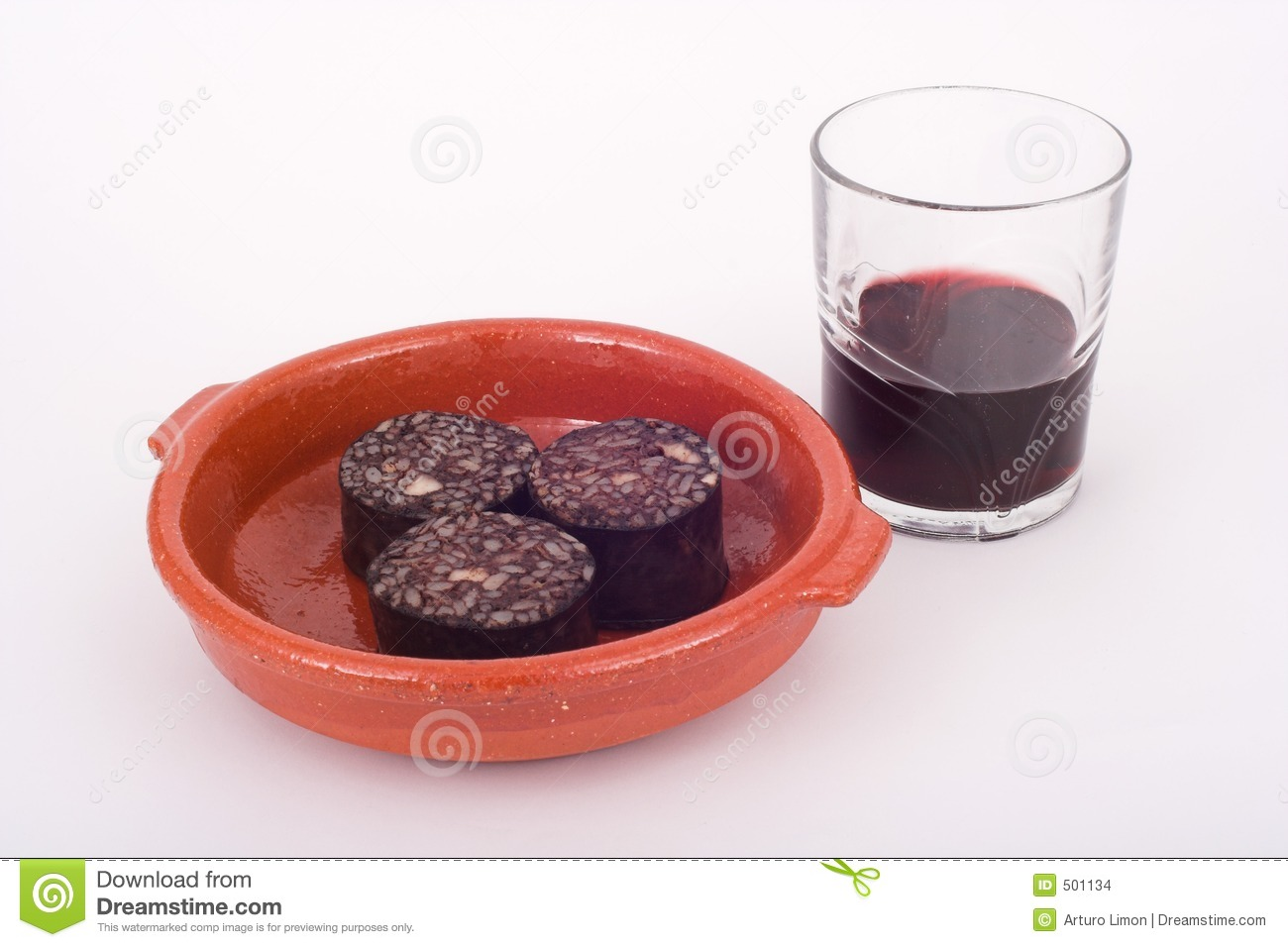 Wine and pork blood pudding