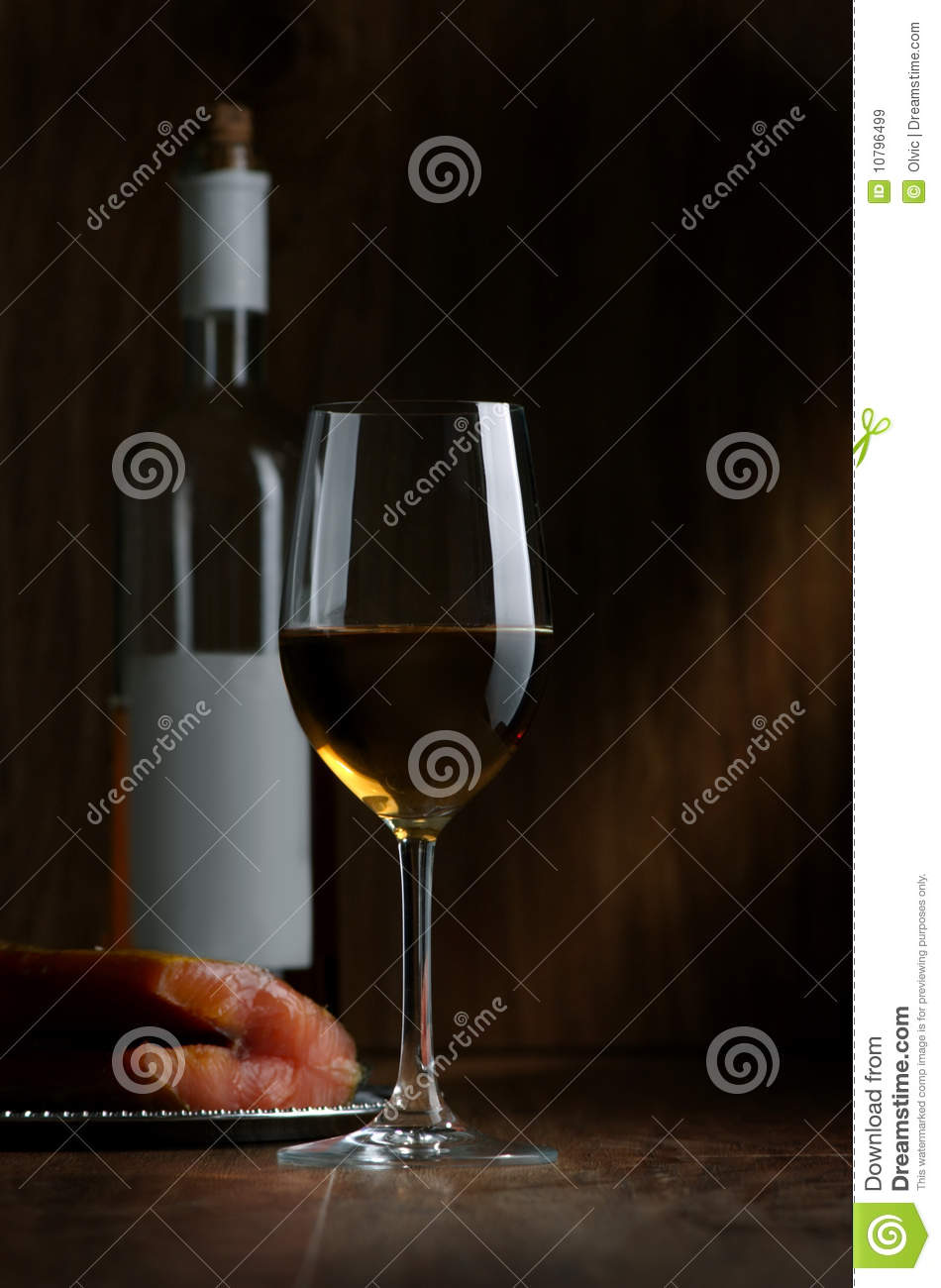 Wine and a red fish royalty free stock images image for Red wine with fish