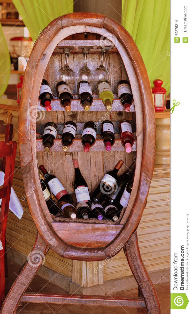 Wine Showcase Editorial Stock Image Image Of Copa Bianco 69275214