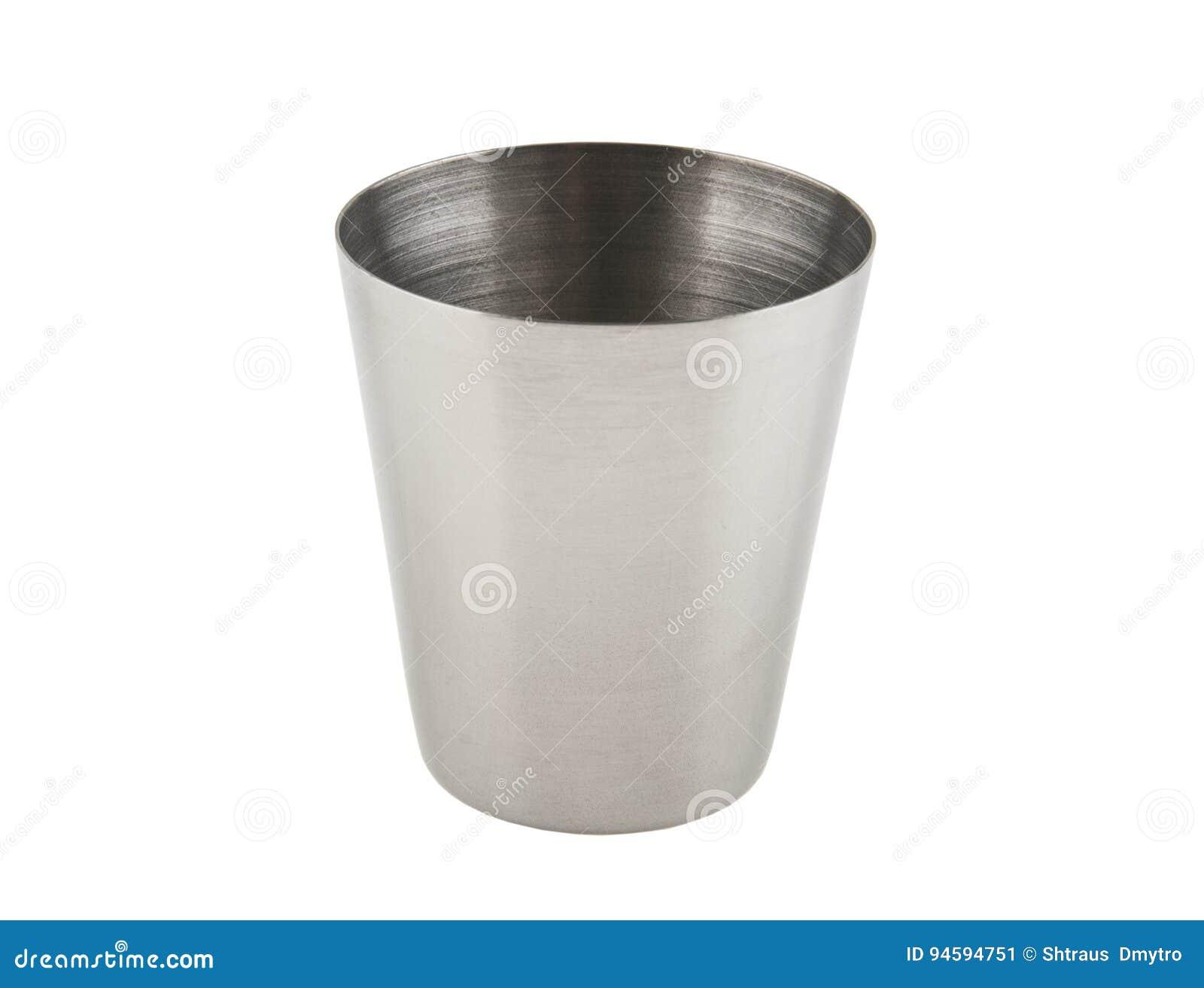 Wineglass μετάλλων που απομονώνεται στο λευκό