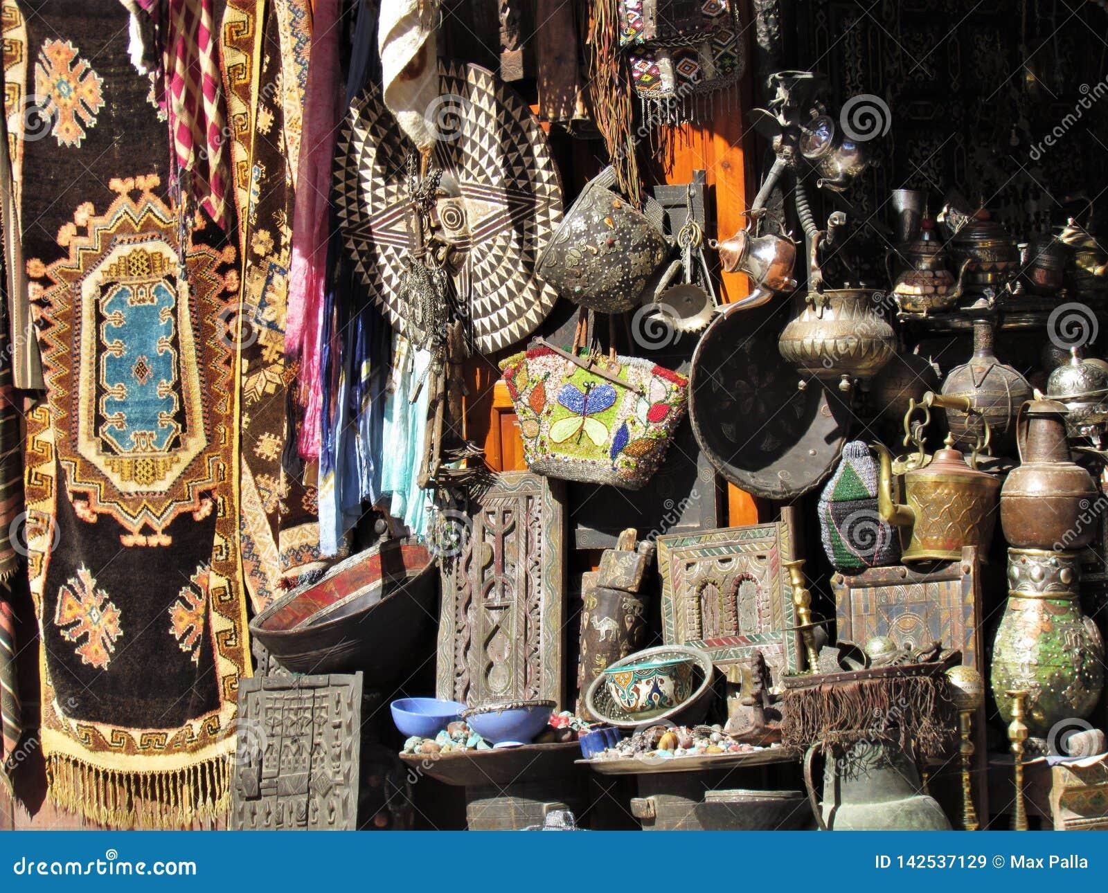 Winkel in den Stra?en des ld Medina in Marrakesch in Marokko