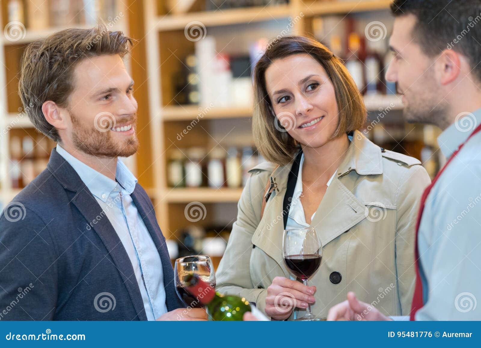 Wino degustacja w sklepie
