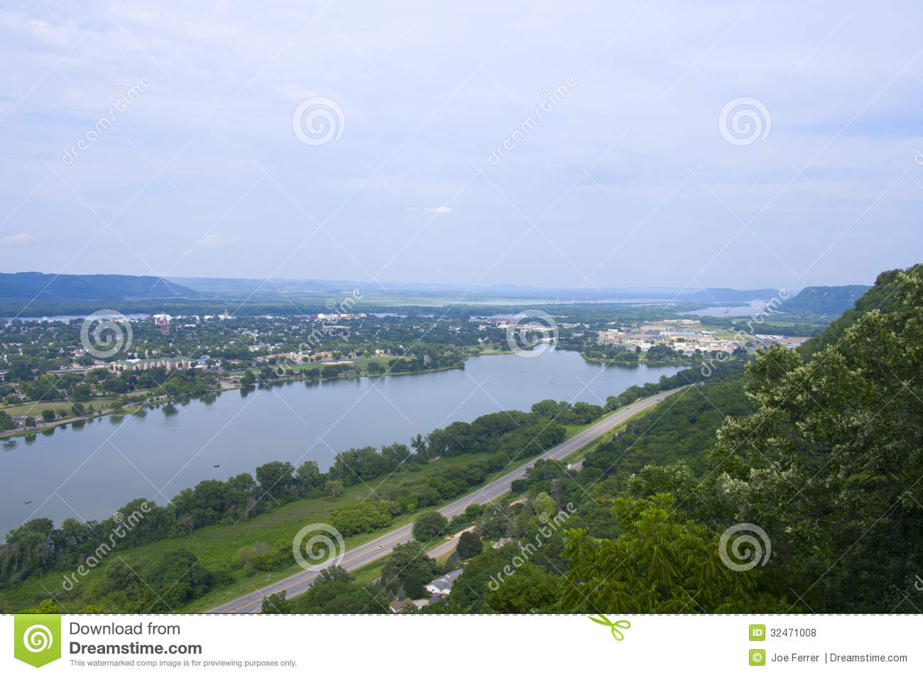 Winona (MS) United States  city photos : ... Winona from atop bluffs above highway 61 and Lake Winona in Minnesota