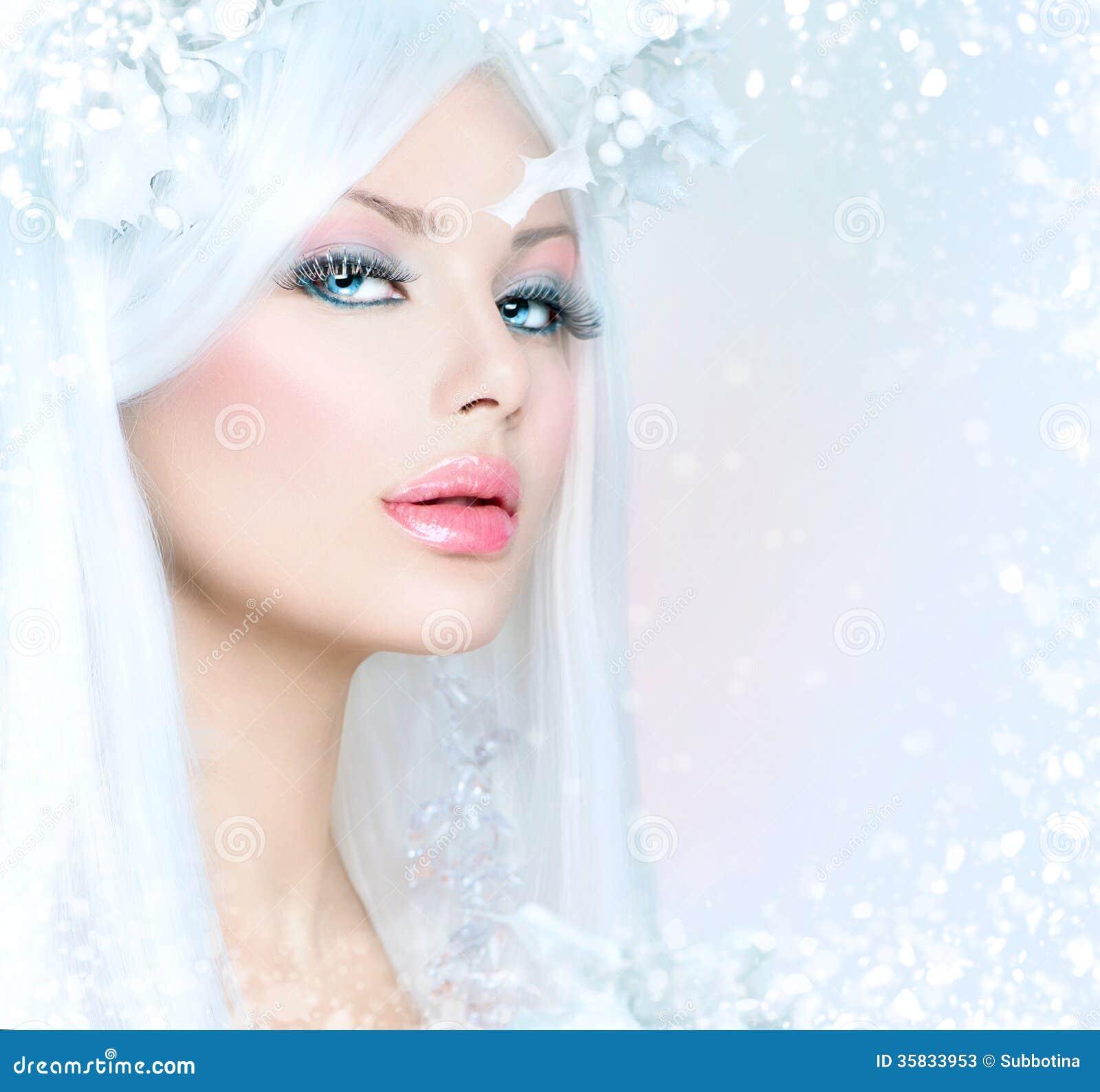 Fashion Beauty Model Girl Stock Image Image Of Manicured: Winter Beauty Woman Stock Photos