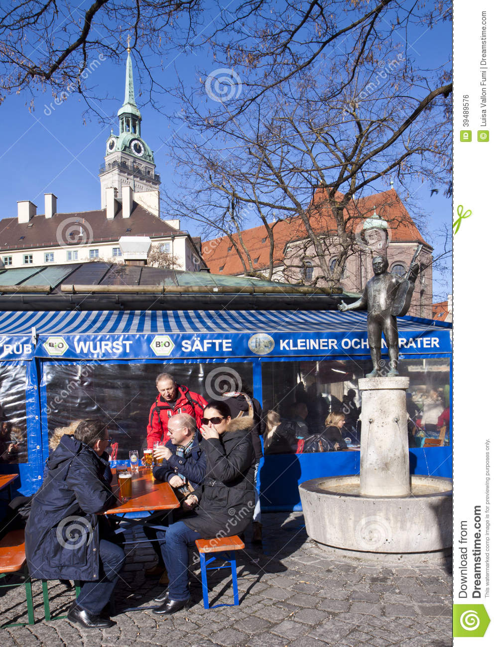 winter biergarten at viktualien markt in munich editorial photo image 39489576. Black Bedroom Furniture Sets. Home Design Ideas