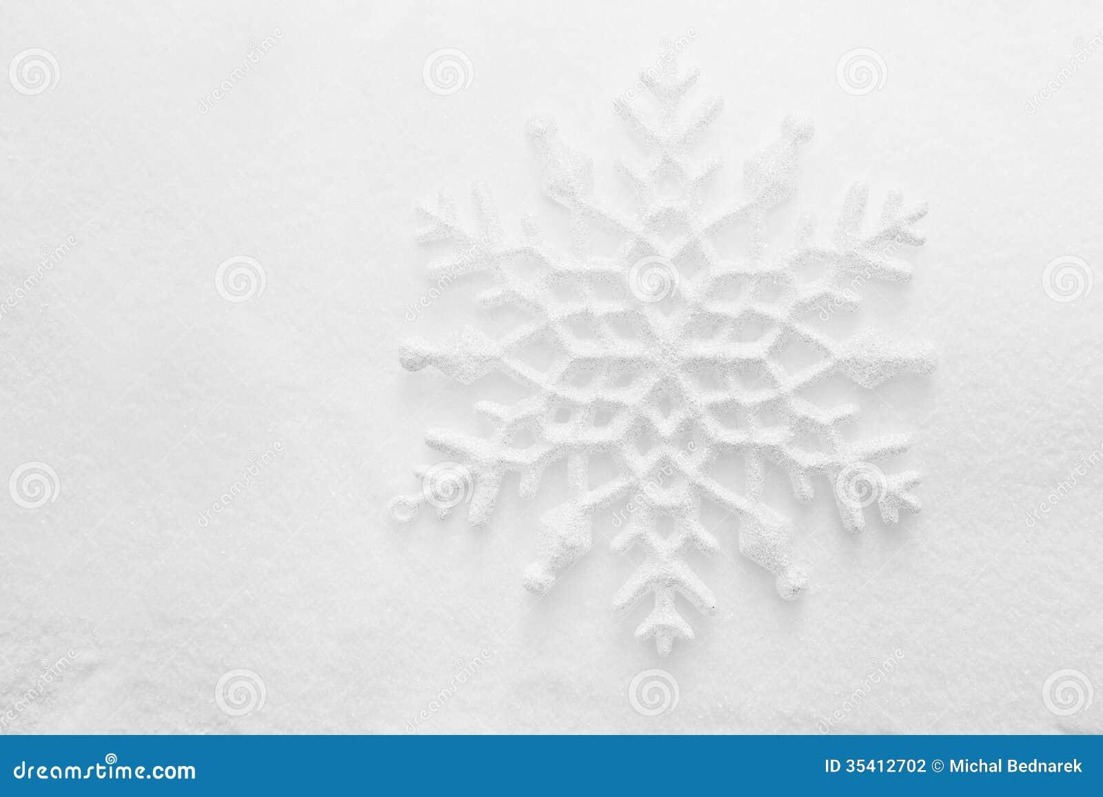 Snowflake Swirl LED Lighted Glitter Christmas Tree