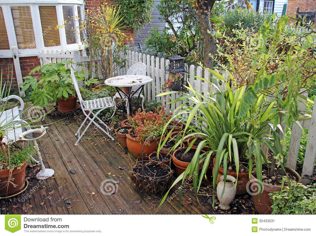 Winter Country Cottage Garden Stock Image Image Of Chair