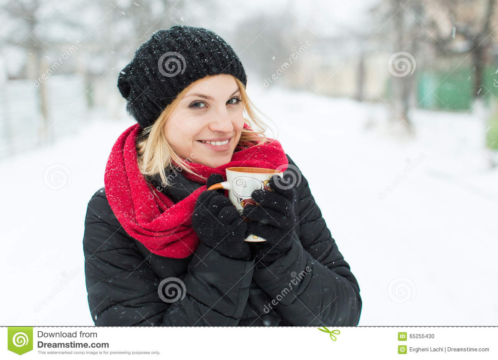 Winter Girl Drinking Hot Tea Stock Photo - Image of camera, close