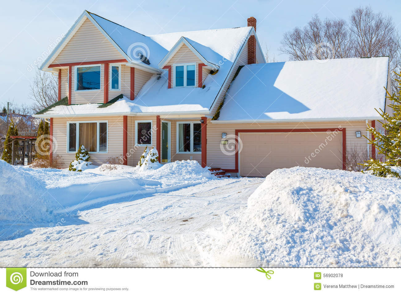 Winter house stock photo image of estate family america for American family homes