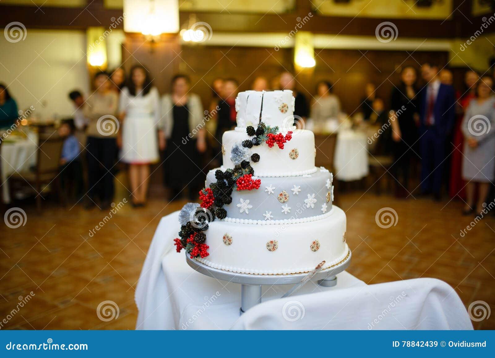 Winter themed wedding cake stock image. Image of berries - 78842439