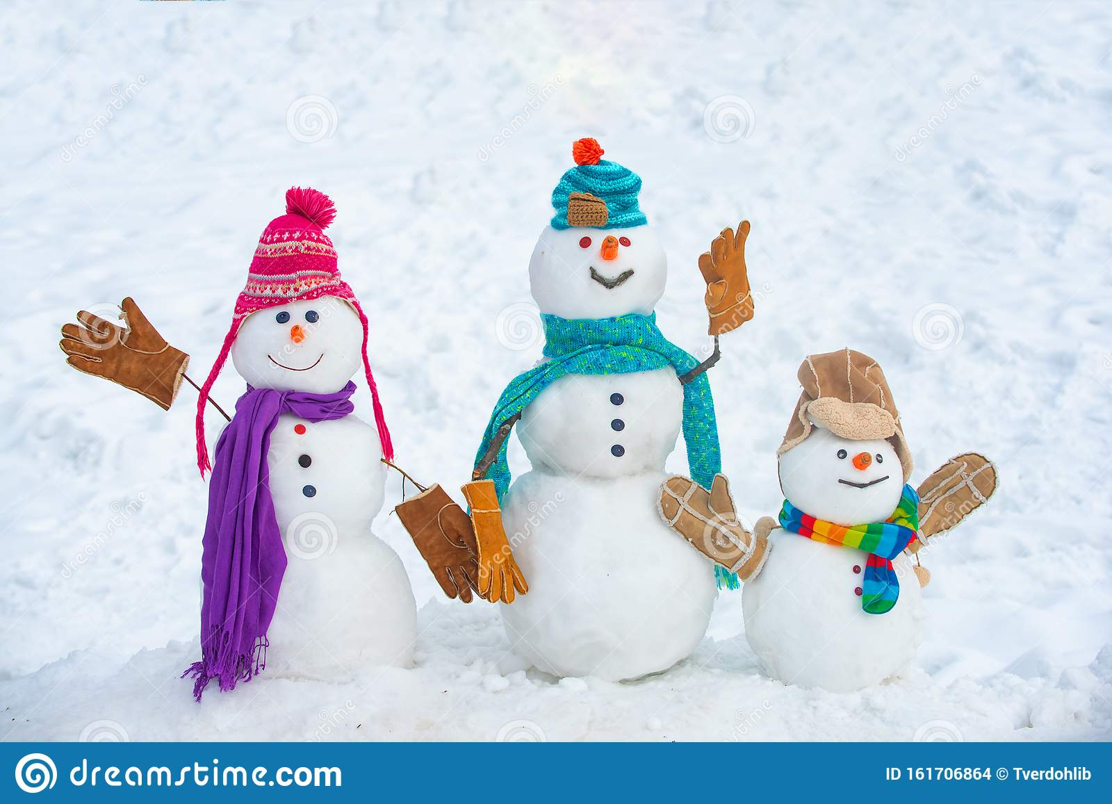 Shnow On Christmas 2020 ? Winter Time Scene. Snowmen. Christmas Background With Snowman