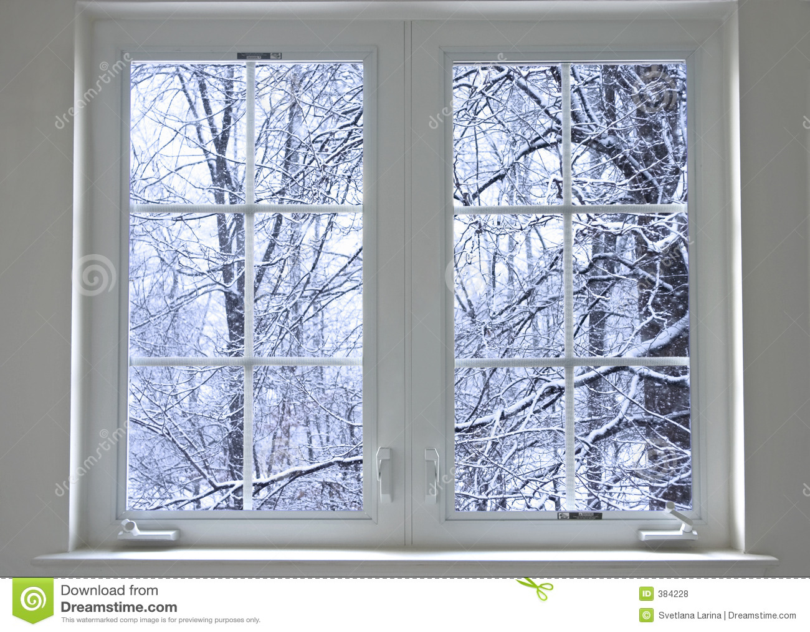 Winterfenster lizenzfreie stockfotos bild 384228 - Download er finestra ...