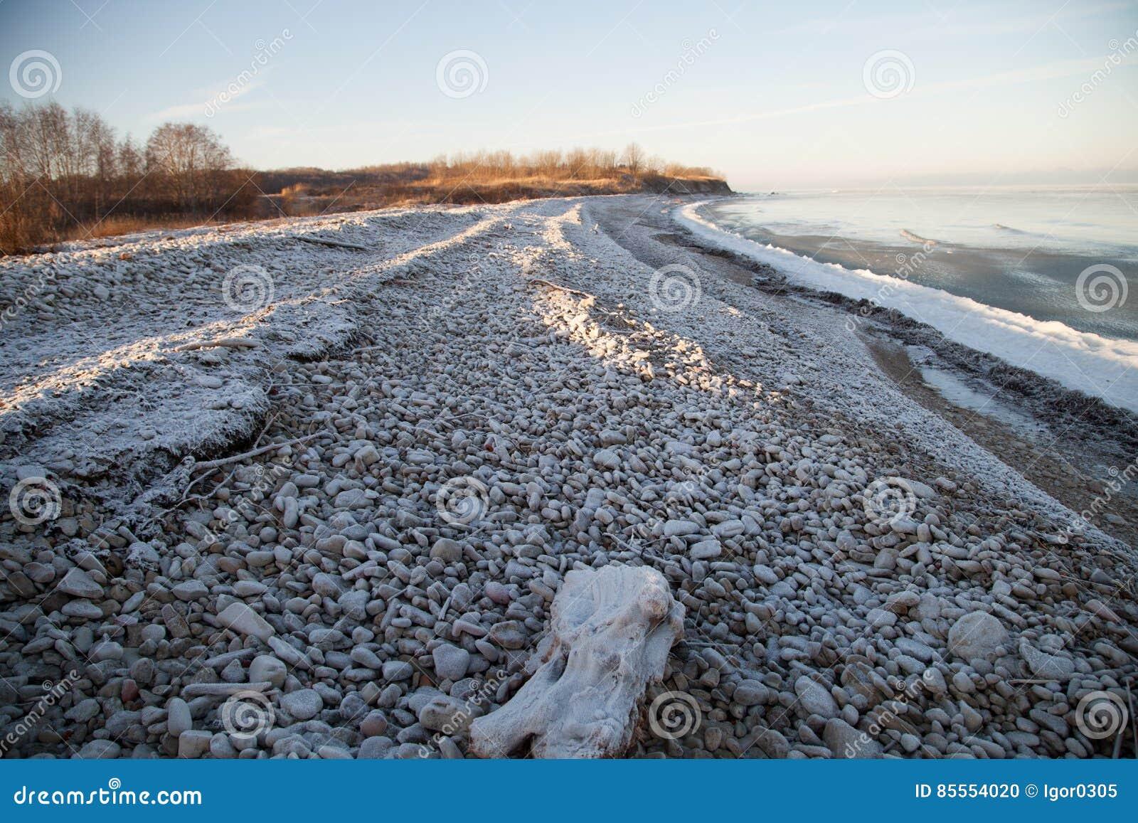 Winterlandschaft mit Eis