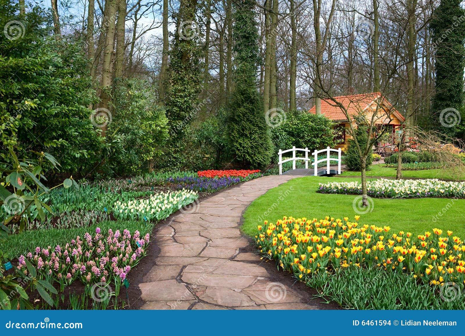 Wiosna ogrodowa