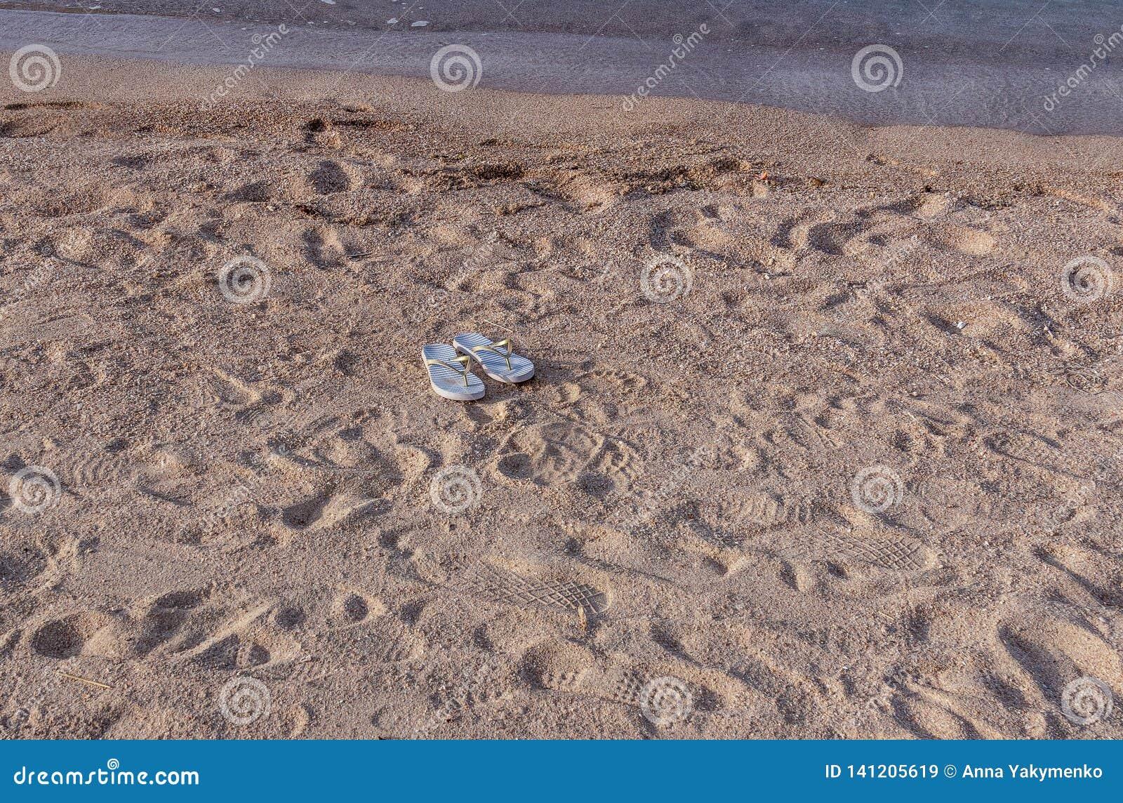 Wipschakelaars in het zand zonder eigenaar