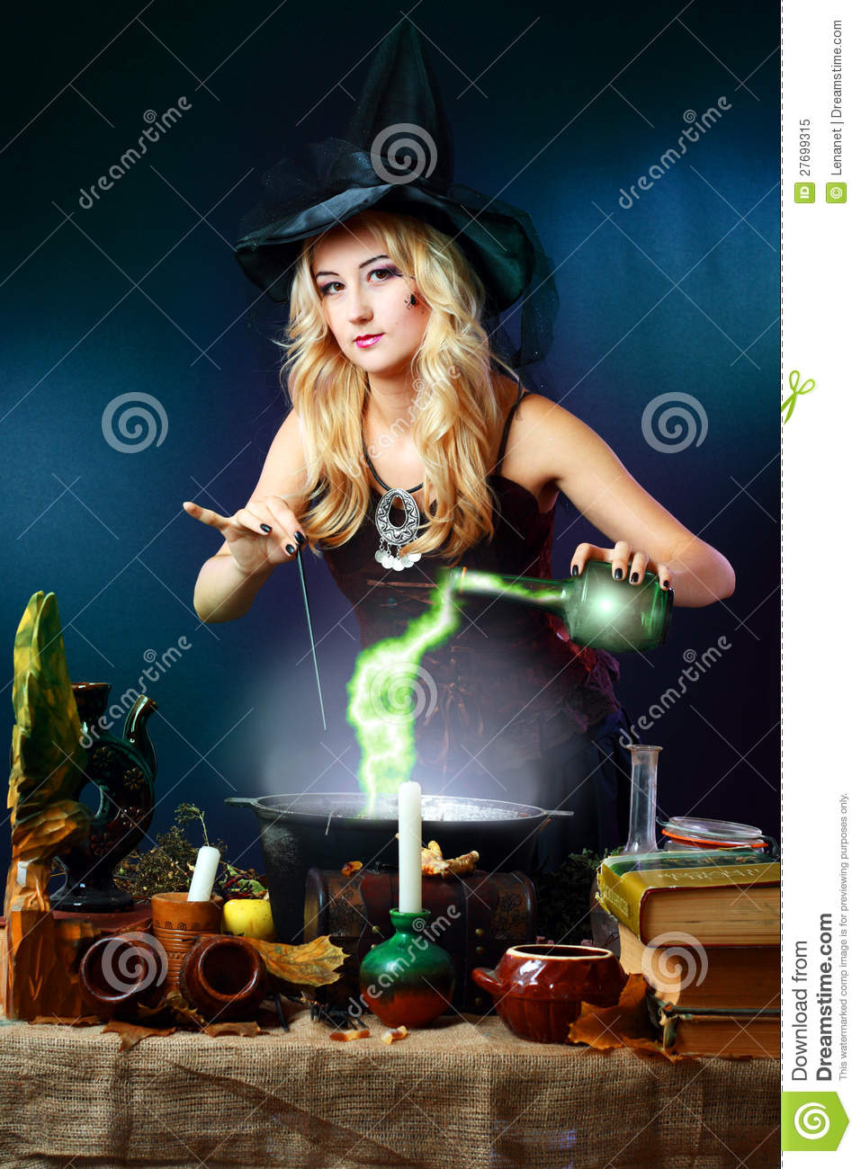 Witch Making Potion Royalty Free Stock Photo - Image: 27699315