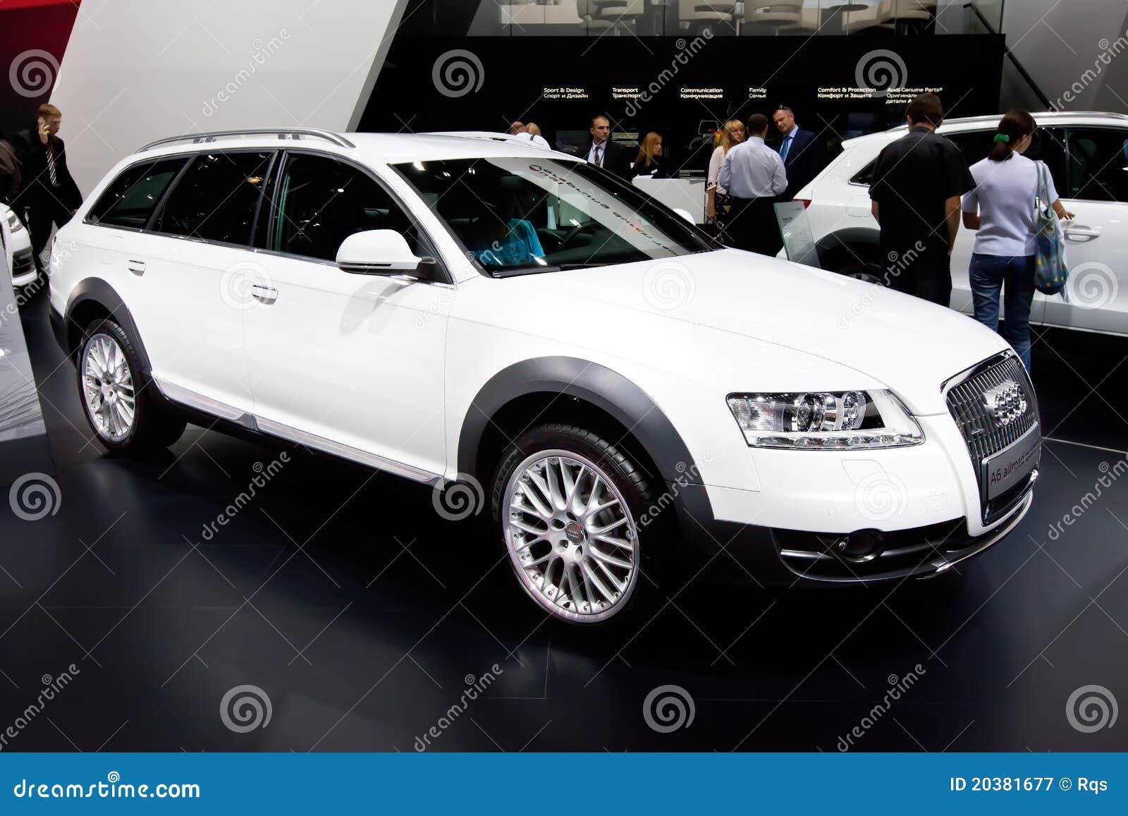 Witte Auto Audi A6 Allroad Redactionele Fotografie Afbeelding Bestaande Uit Helder 20381677