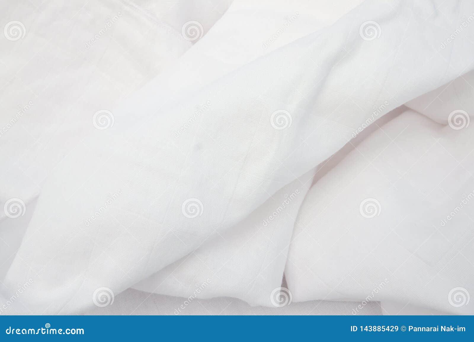 Witte Doekluier van babys die op babyhuid zacht en zacht is