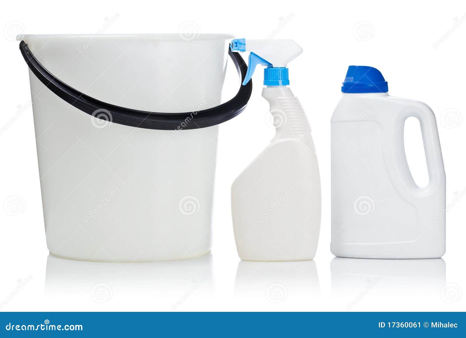 Witte fles twee en emmer