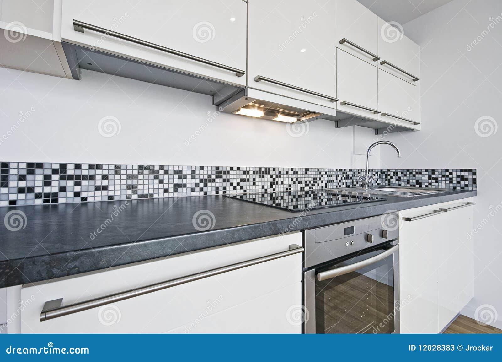 Witte keuken stock afbeelding afbeelding bestaande uit ventilator 12028383 for Foto witte keuken