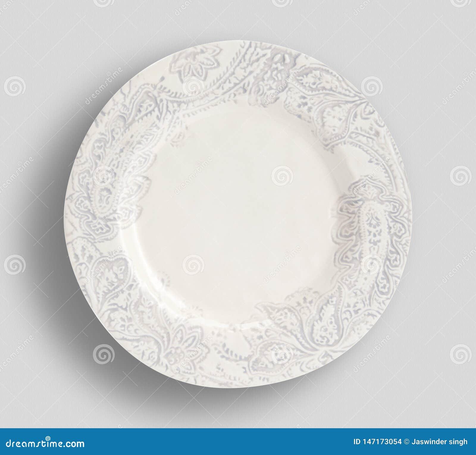 Witte plaat op een witte oppervlakte