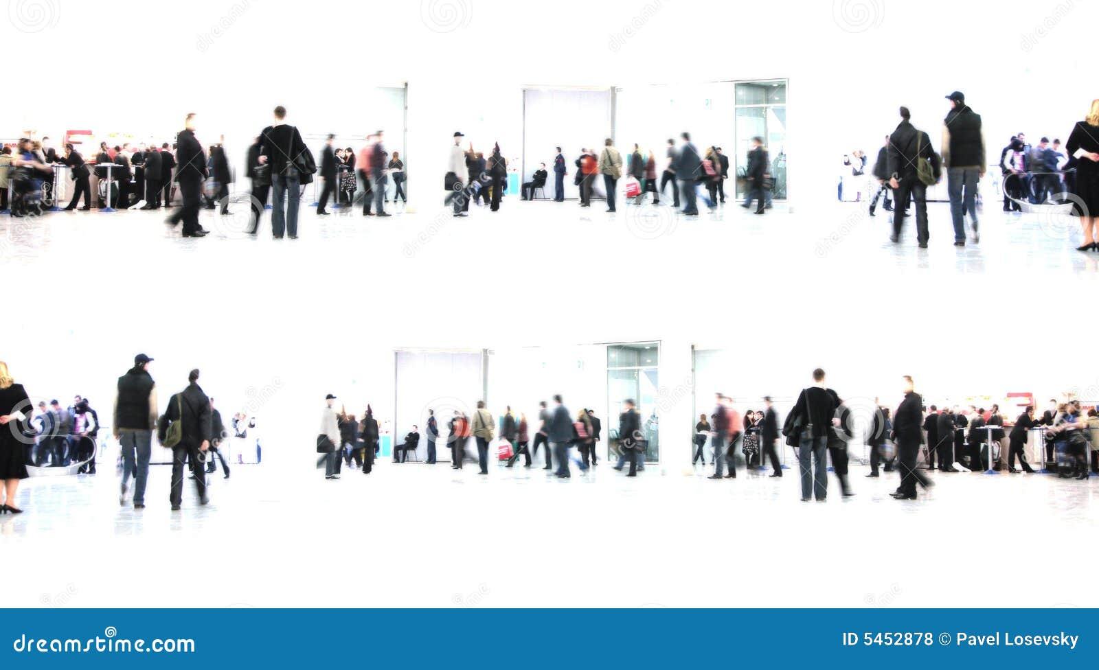 Witte samenvatting. mensen in zaal