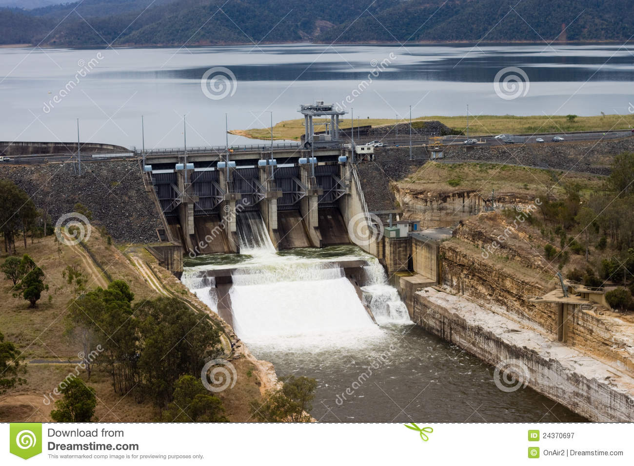 Wivenhoe Dam Spillway Releasing Water Stock Image - Image of view