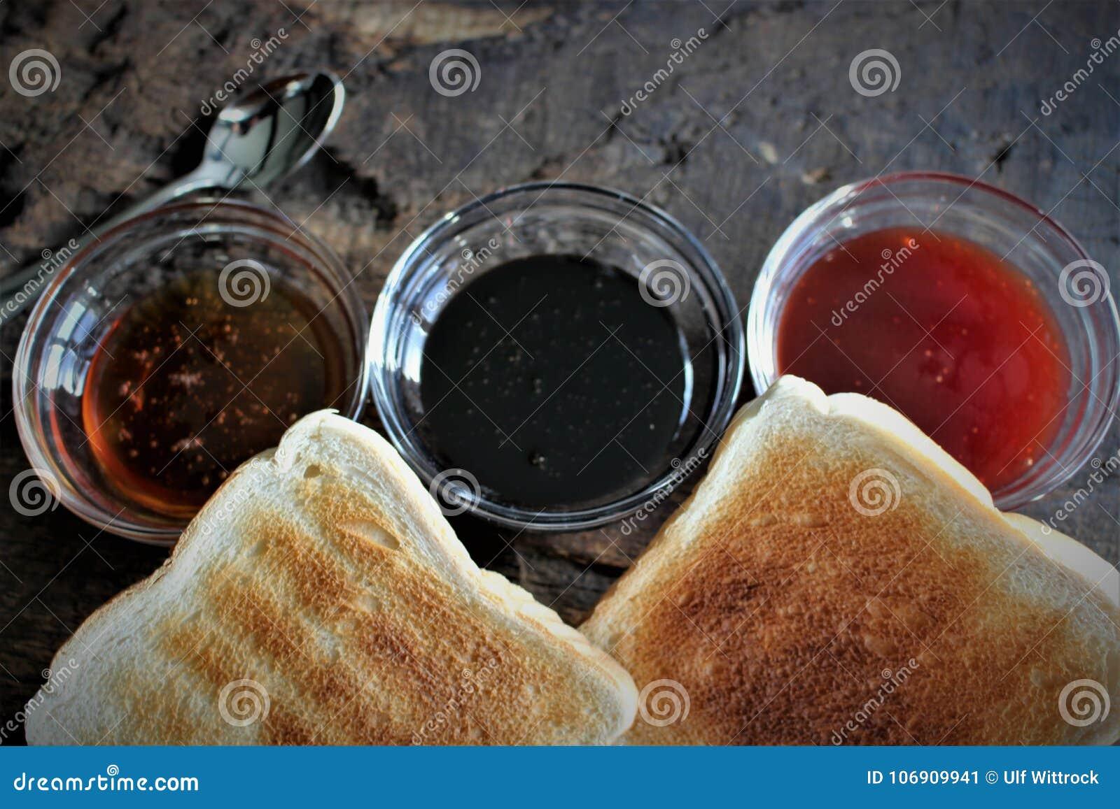 Wizerunek śniadanie - tło rozmyty