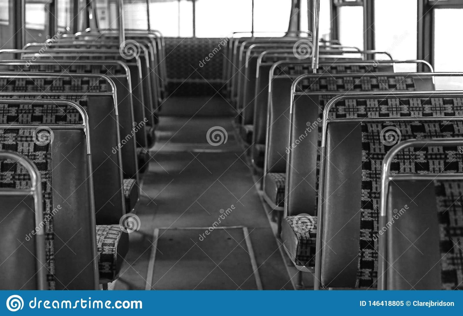 Wnętrze rocznika leyland lamparta autobus