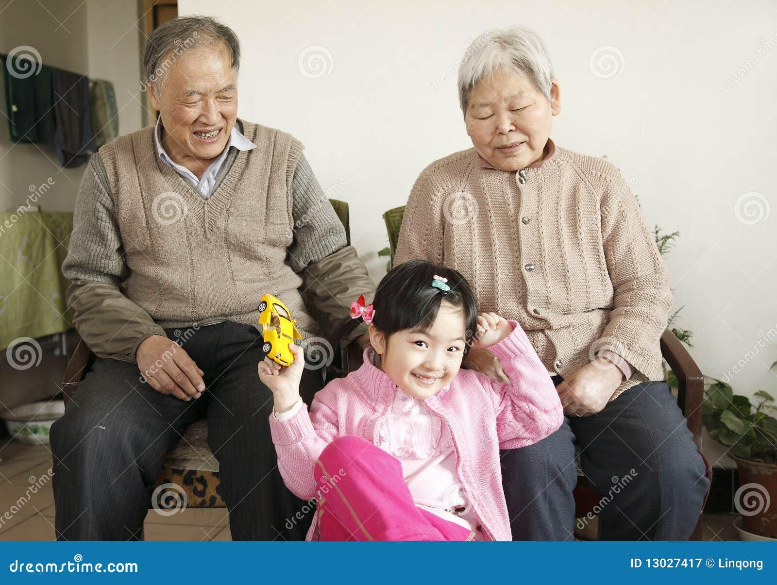 Wnuczka dziadkowie