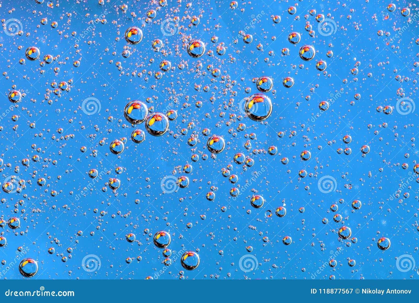 Woda gulgocze na błękitnym tle Naukowy wizerunek komórki błona Makro- ciekłe substancje up Abstrakcjonistyczny molekuła atomu sct