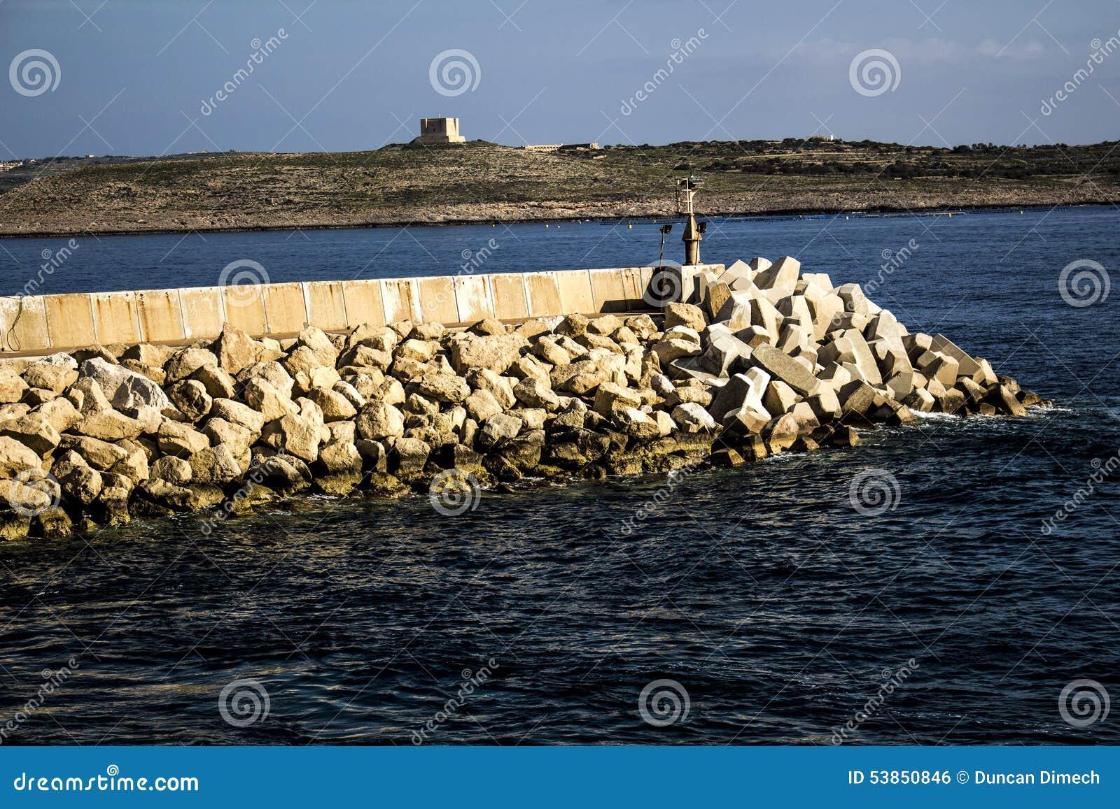 Wodny Quay przy Cirkewwa Malta