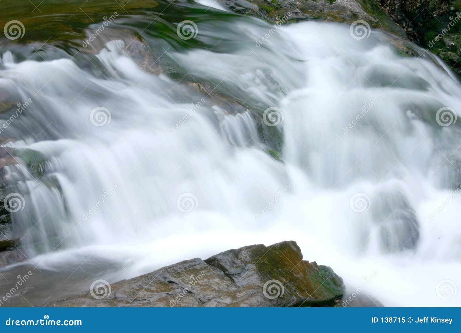 Wodospad dymiąca mountain
