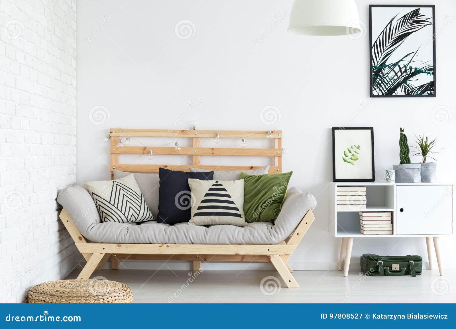 Wohnzimmer-Dekor stockbild. Bild von betriebe, ziegelsteine - 97808527