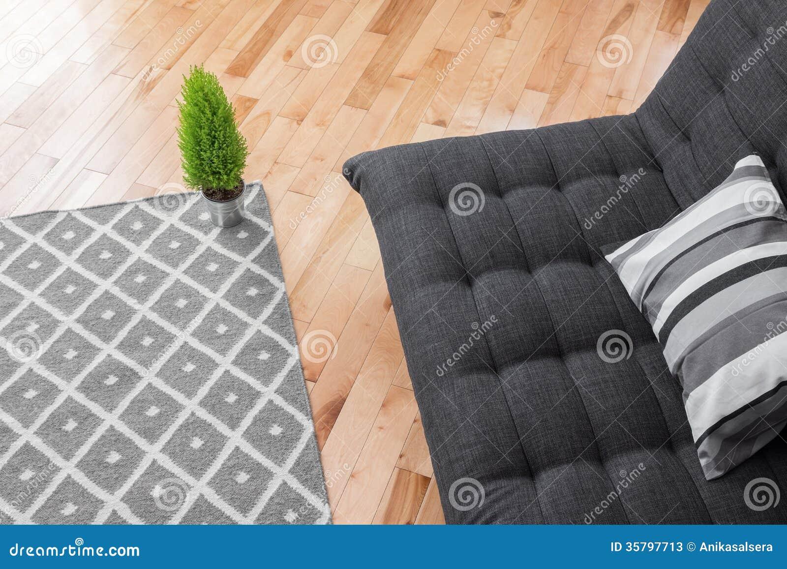 Wohnzimmer Mit Einfachem Dekor Stockbild - Bild: 35797713