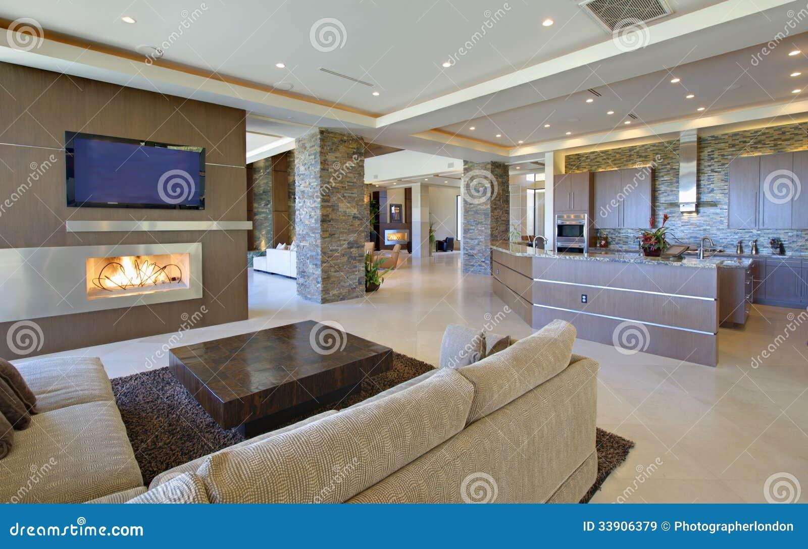 Moderne wohnzimmer mit offener küche  Wohnzimmer Mit Offener Küche Stockbild - Bild von zuhause ...