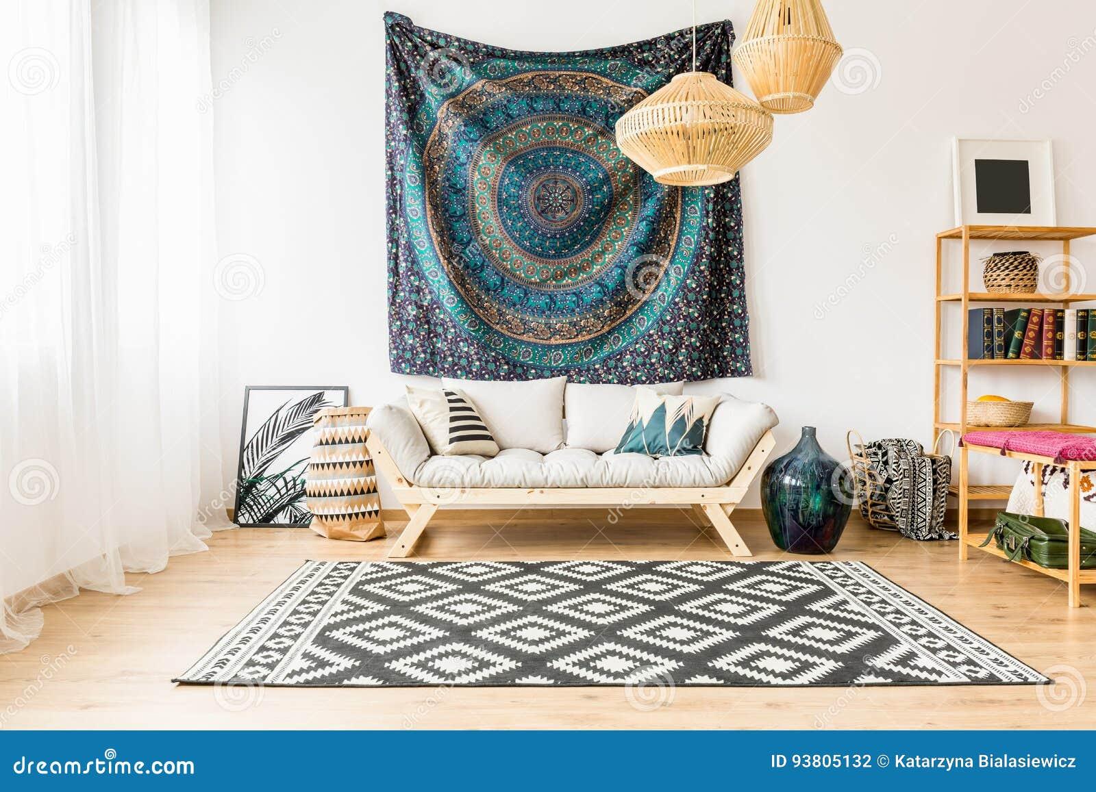 Hochwertig Gemütliches Modernes Wohnzimmer Verziert Mit Orientalischem  Zubehör