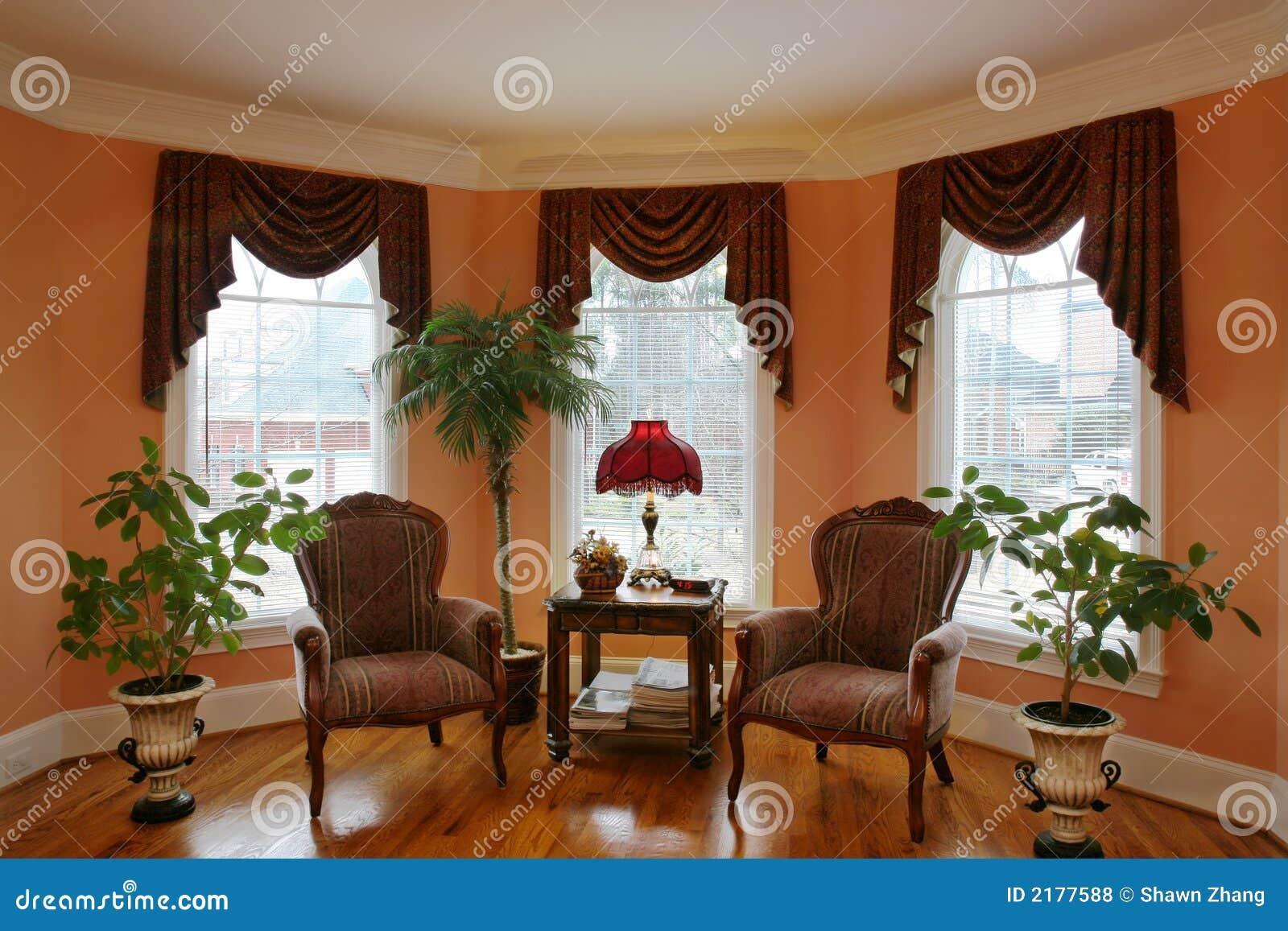 Wohnzimmer Mit Schacht-Fenster Lizenzfreie Stockfotos - Bild: 2177588
