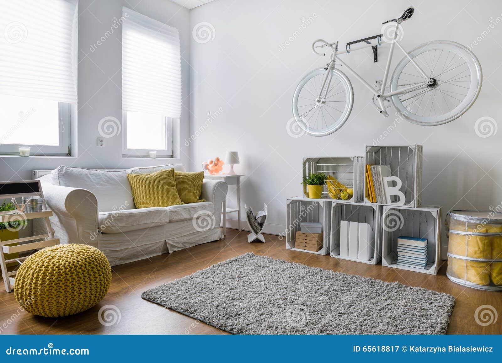 Download Wohnzimmer Voll Von Dekorideen Stockbild   Bild Von Leuchte,  Clear: 65618817