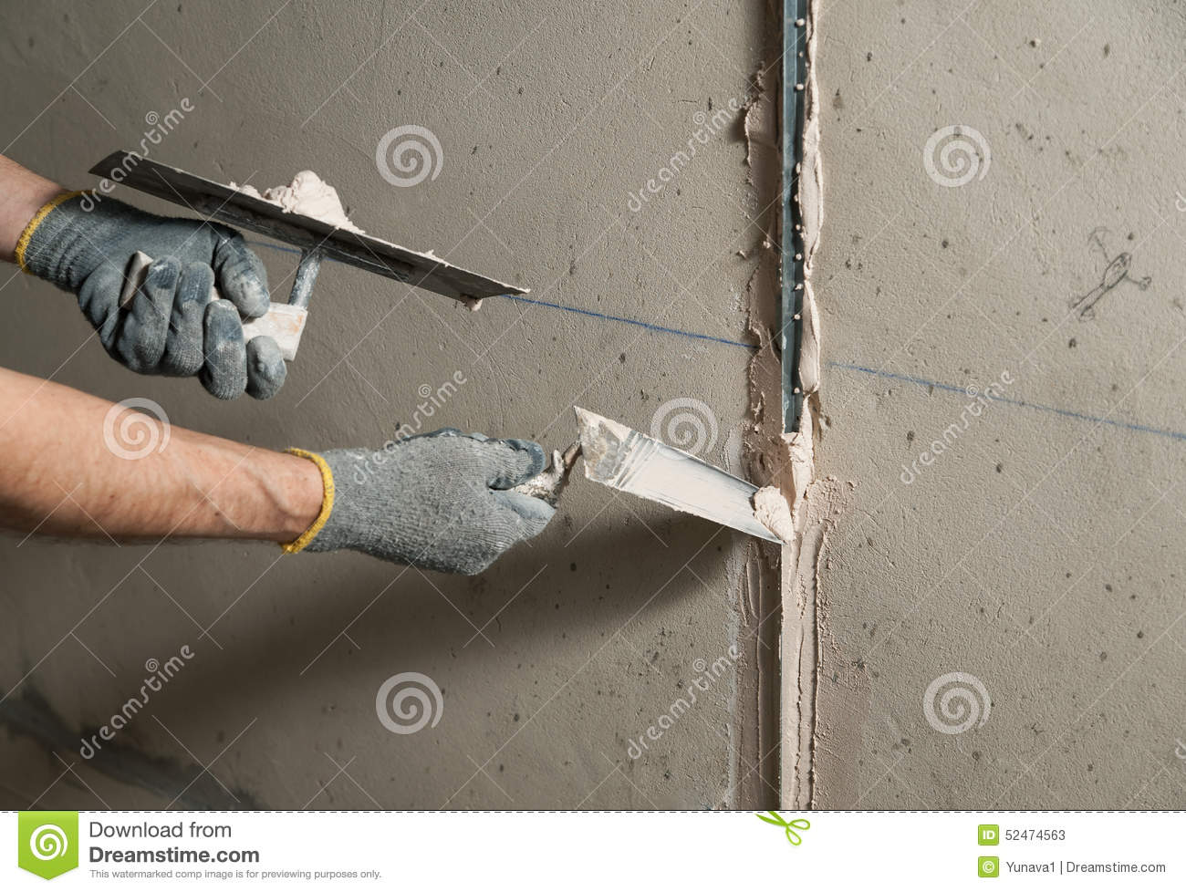 How to align the walls in the apartment 90