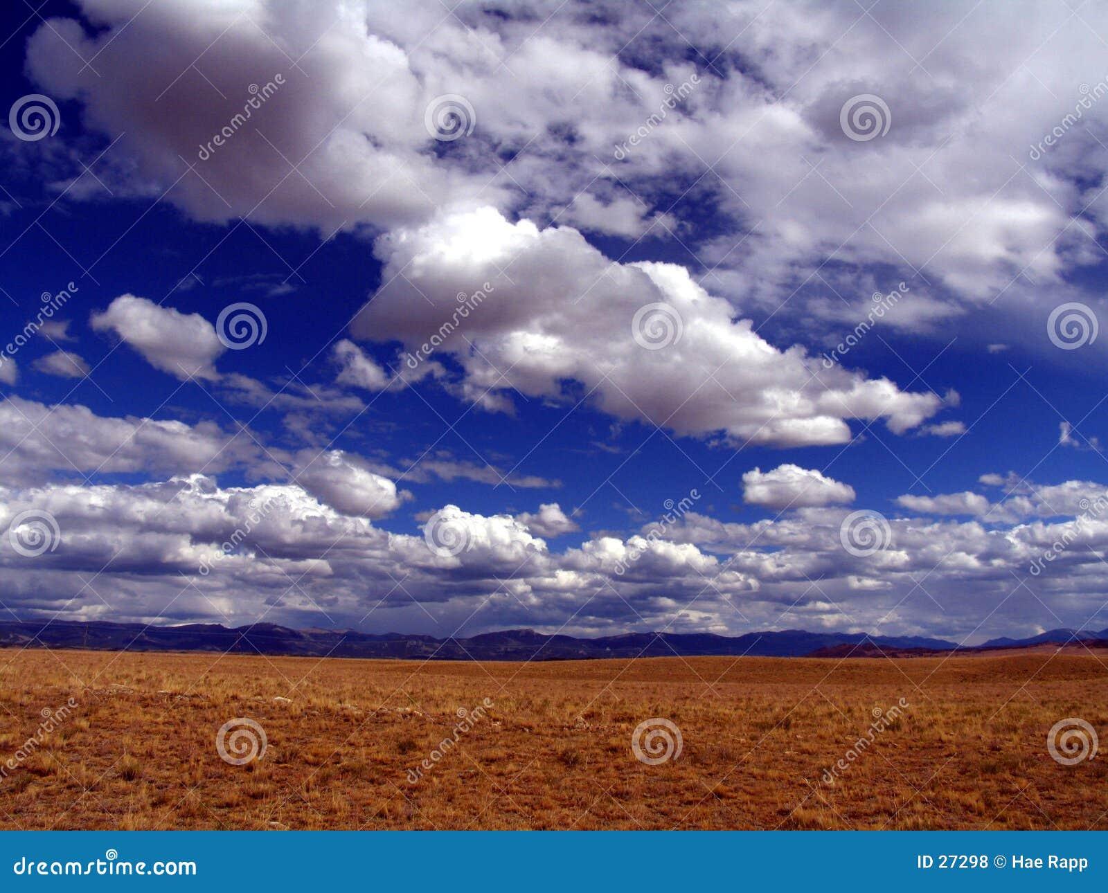 Download Wolken stockfoto. Bild von landschaften, himmel, wolken - 27298